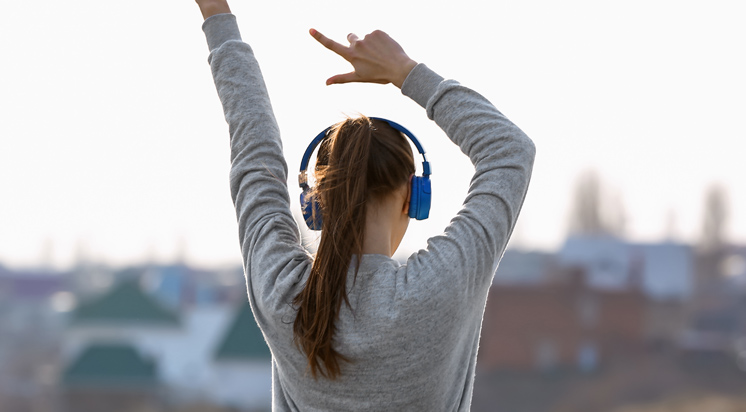2. 音楽で痛みがスッキリ。聴くだけで効果がある理由