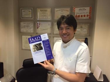 JAAD_1